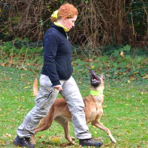 Helma und Lexa in der Fußarbeit (Foto: Norbert Theuvsen)